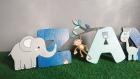 Lettres en bois animaux de la jungle pour prénom bébé