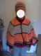 Châle canada et bonnet assorti enfant 8/11 ans (mannequin 10 ans)