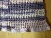 Couverture bleu chiné au crochet