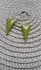 2 x sequins triangle émail couleur vert olive double  face avec base en laiton brut