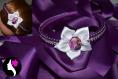 Serre tete à perles violettes et fleur satin blanche la reine des neiges (ref n-47-a)