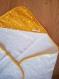 Cape de bain bébé étoile // sortie de bain bébé moutarde // cadeau de naissance fait-main