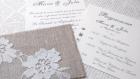 Invitation romantique n 8 -  faire part mariage pochette lin - voile dentelle fleur - collection bohème