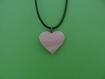 Pendentif coeur en bois monté en collier