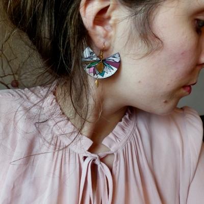 Boucles d'oreilles* plastique fou* ethniques*