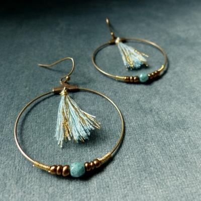 Boucles d'oreilles créoles * turquoise et doré* pompon