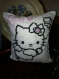 Coussin hello kitty ou monster hight