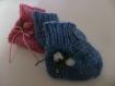 Chaussons bleus pour bébé tricoté et brodé main