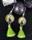 Boucles d oreille cabochon et pompon vert