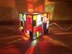 Lampe cubique en vitrail tiffany de 16 cm de côté