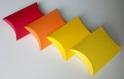 Lot de 10 boites à dragées jaune clair (coussin, oreiller) pour mariage ou baptême