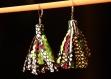 Boucles d'oreille  pompon - guzmania
