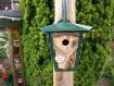 Nichoir à oiseaux, vieille lanterne,bois métal