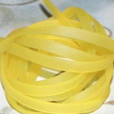 Bandeau buna plat en plastique - coupe de 50 cm