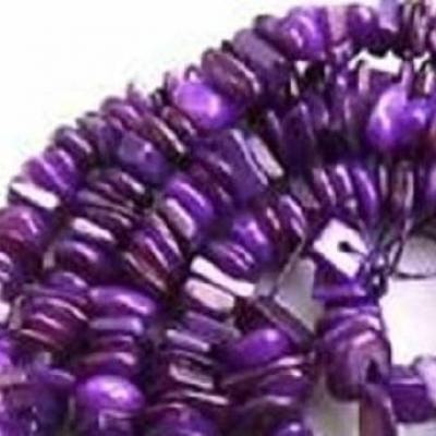 10 perles (chips) de nacre violet 6/8mm