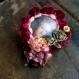Broche textile bulle de tableau: marie- antoinette à la rose