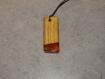 Pendentif en bois et résine 4 cm