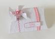 Boite à dragées personnalisable avec moulin à vent - boite cadeau thème petite fleur, blanc, rose et grise