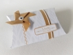 Menu original avec découpes thème nature, blanc, gris et kraft parsonnalisable - bandeau avec découpes dentelle florale
