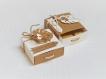 commande réservée: boite à dragées rectangulaire kraft et blanche avec pancarte.boite dragée feuille tropicale mariage bohème