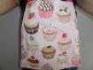 Bavoir élastique adulte motif cupcakes en coton serviette de table
