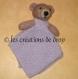 Roudoudou, ours sur carré doudou en tricot