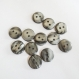 12 boutons ronds irisés gris anthracite - deux trous - 12 mm