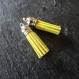 2 pompons en suédine jaune vif et argent - 35 mm
