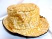 Chapeau imprimé inspiration maya, jaune doré et noir, réversible, 100% coton, original et unique