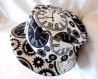 Chapeau souple réversible motif mécanismes d'horloge, steampunk, noir et blanc, fait main, unique, tour de tête 61cm.