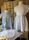 Robe fille à rayures bleues et blanches 5 ans vintage année 1950/dress girl  white and blue stripes 5 years vintage 1950's