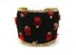 Bracelet manchette soie rouge,noir et perles de verre dorées