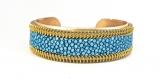 Bracelet manchette cuir de galuchat turquoise et biais à glissière doré
