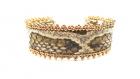 Bracelet manchette fine cuir de python beige et perles de verre dorées
