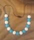 Collier d'allaitement / collier de portage / collier de dentition