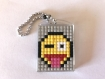Porte clé pixel smiley langue