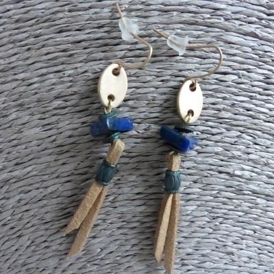 Boucles d'oreilles lacet de cuir et perles