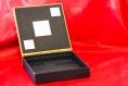Boite à bijoux carrée en cartonnage avec miroir intégré