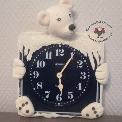 Horloge murale ours polaire