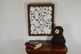Décoration murale en bois massif peint à la main, décoration 3d en bois, découpe de bois de différentes formes géométriques. objet de décoration contemporain et original