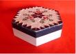 Boite cadeau mosaïque octogonale déco feuille de houx