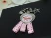 Je suis une future mamie d'enfer - porte clés - bijou de sac - pour annoncer une naissance a la future mamie (-_-) cadeau pour femme .