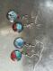 Lot de 4 boucles pendantes cabochon désassorties couleur bleu, rouge, blanc