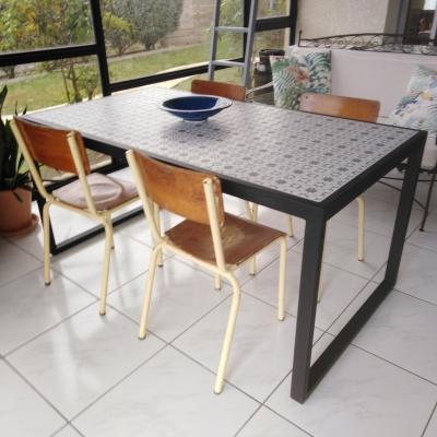 Table à manger en céramique