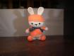 Amigurimi lapinou orange, doudou...décoration ou jouet fait main au crochet.