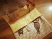 Pochette à fermeture à ruban
