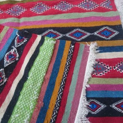 kilim berbère multicolore fait à la main