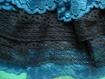 Jabot en dentelles bleu et noire