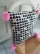 Housse de coussin en coton coloré avec pompon rose
