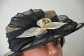 Chapeau canotier en sisal taupe et noir